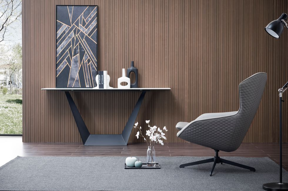 Ella Feature Chair 980px x 650px (2)